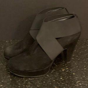 Stuart Weitzman Kilgore Ankle Boots